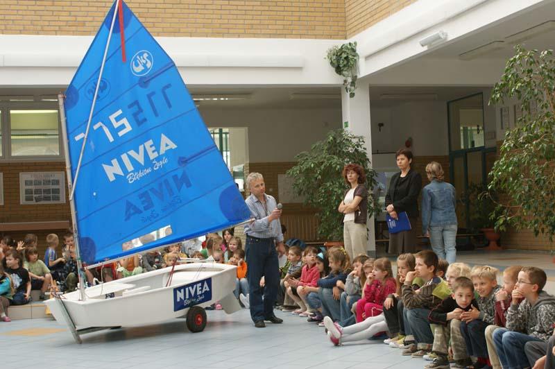 Zagle Kielce: Lekcje żeglarskie w SP 25 na Ślichowicach,  SP w Cedzynie i SP 27 na Uroczysku