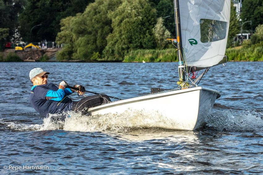 Zagle Kielce: Jarosław Sołtys Mistrzem Polski Grand Masters w klasie OK-dinghy, Chodzież 2020